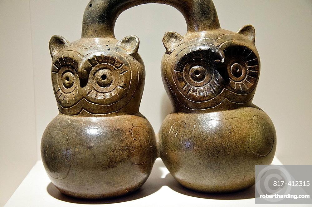 Ceramic vessel Chavin culture 900 BC-200 BC Peru