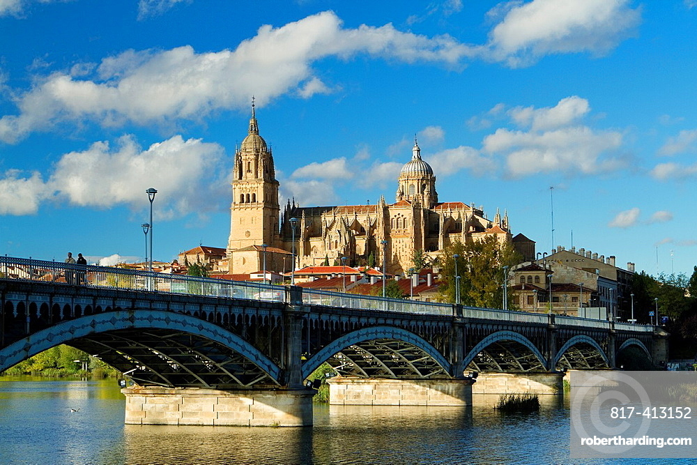 Overview of Salamanca city and itd New Cathedral from San Esteban Bridge over the Tormes river Salamanca Castilla y Leon Spain