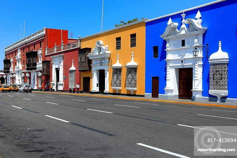 Colonial buildings, Plaza de Armaz, Trujillo, Peru