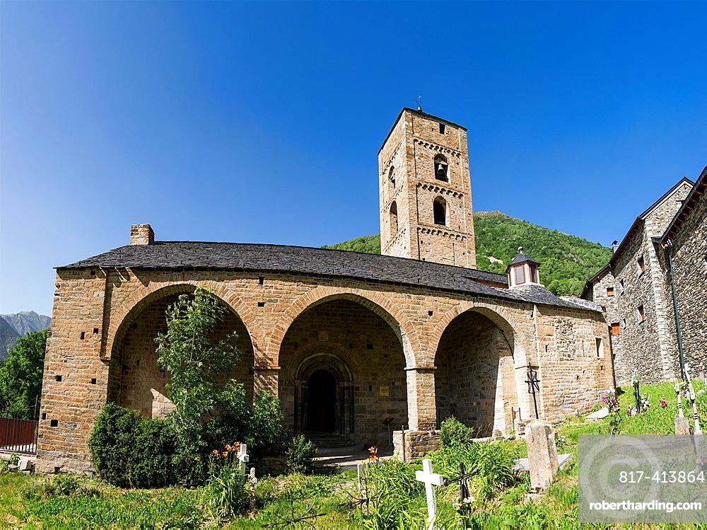 Romanesque church La Nativitat de Durro in Vall de Boi, Catalonia, Spain. Recognized as UNESCO world heritage site.