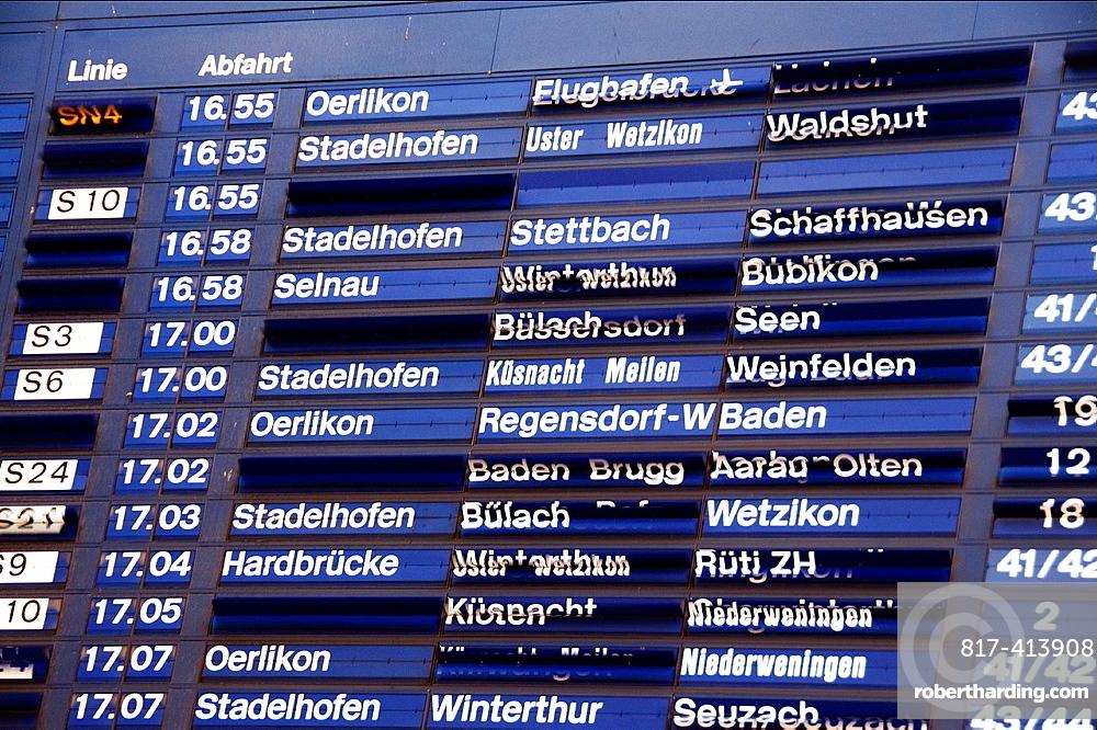 Hauptbahnhof, Timetable, Main Railway Station In Zurich, Switzerland