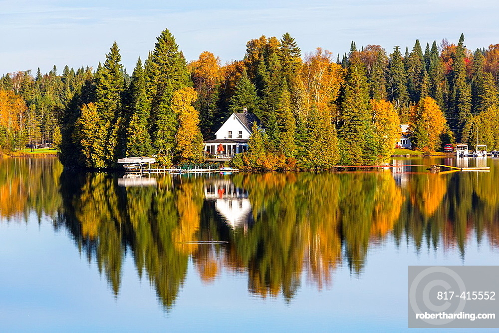House on the shore of Joes Pond, Vermont, USA