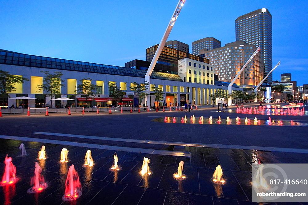 Canada, Quebec, Montreal, Musee dArt Contemporain, Complexe Desjardins, rue Jeanne-Mance,