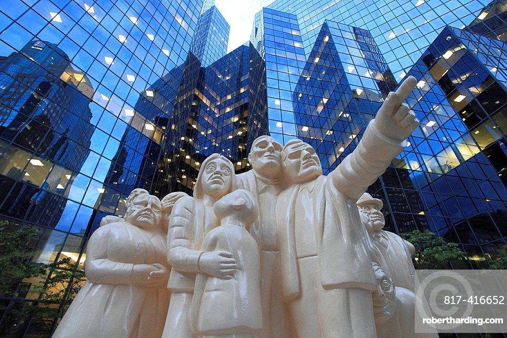 Canada, Quebec, Montreal, BNP Tower, Illuminated Crowd Statue, McGill College Avenue,