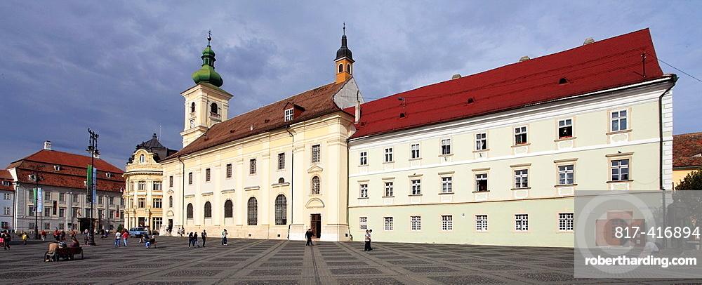Romania, Sibiu, Piata Mare, Brukenthal Palace, Town Hall, Holy Trinity Catholic Church,