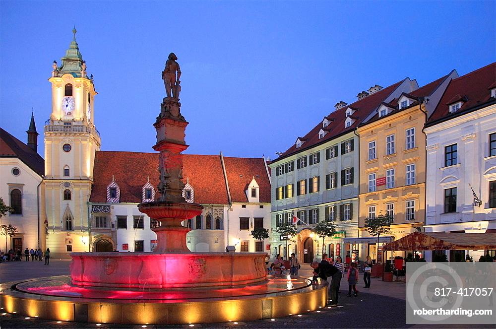 Slovakia, Bratislava, Main Square, Rolands Fountain, Old Town Hall,