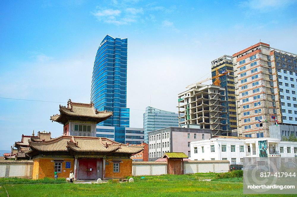 Mongolia, Ulaan Batar, Choijin Lama Monastery and The Blue Sky tower