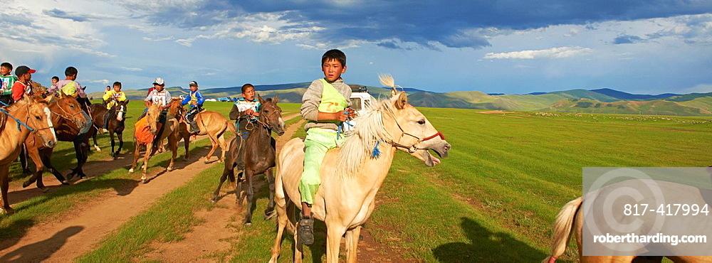 Mongolia, Ovorkhangai province, Okhon valley, naadam horse race