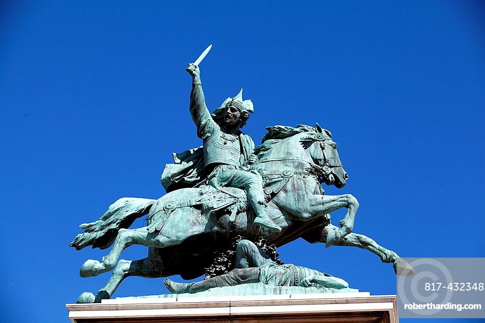 Statue de Vercingetorix, Clermont-Ferrand, Puy-de-Dome, Auvergne, France