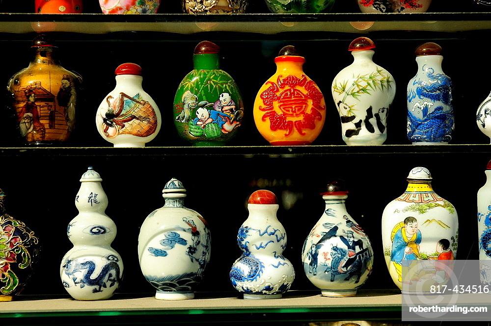 Snuf bottles, Antique shop, Luilichang street, Beijing, China, Asia