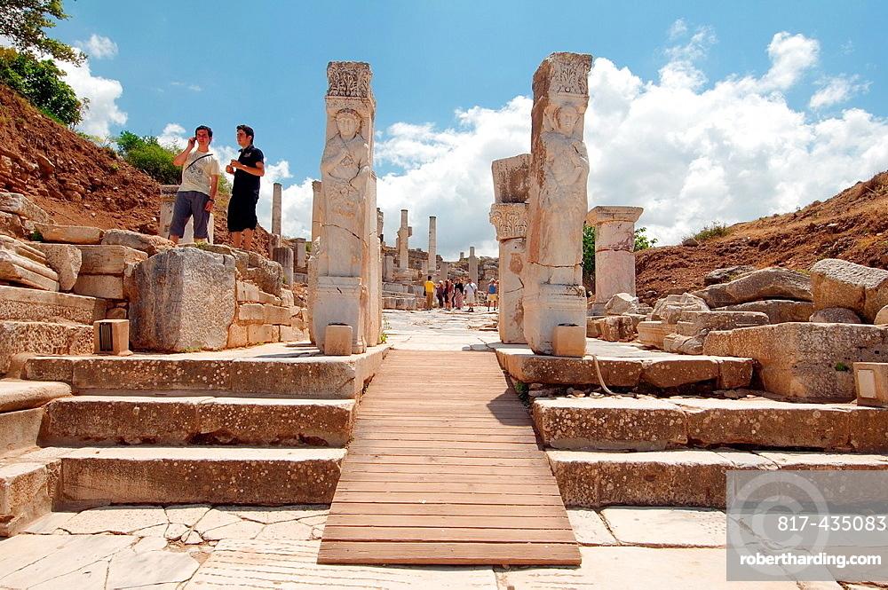 Heracles Gate, antique city of Ephesus, Efes, Turkey, Western Asia