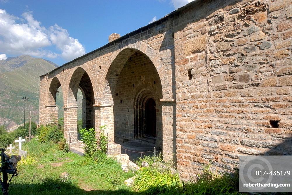 Ste Nativitat Church of Durro of Boi Valley