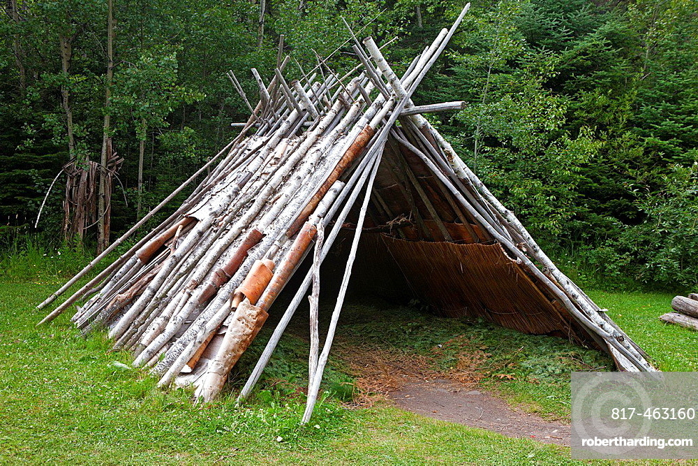 A-frame shelter with birch bark panelling, Grand Portage National Monument, Grand Portage, Minnesota, United States of America.