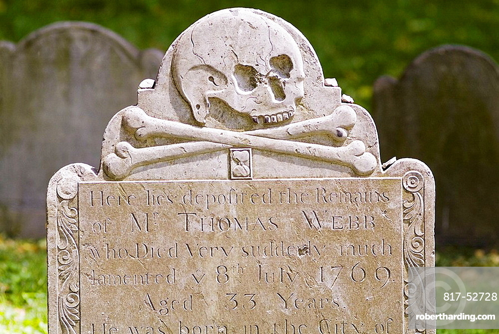 Scull and crossbones on a gravestone in Boston, USA