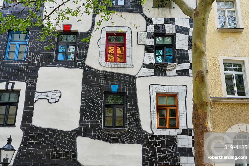 The KunstHaus Wien, a museum in Vienna, designed by the artist Friedensreich Hundertwasser, Vienna, Austria, Europe
