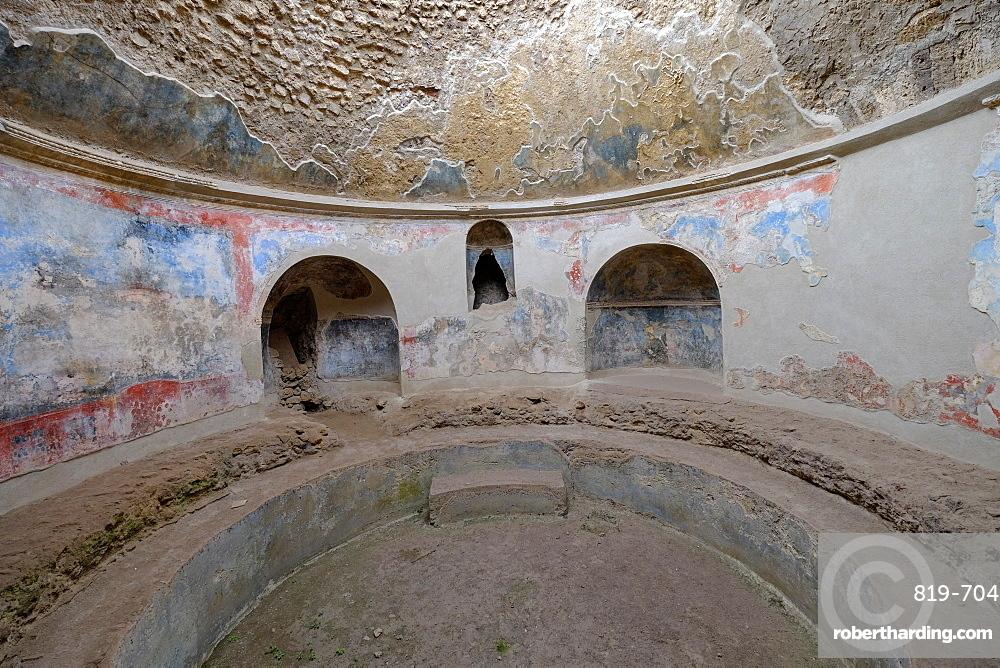Stabian Baths, Pompeii, UNESCO World Heritage Site, the ancient Roman town near Naples, Campania, Italy, Europe