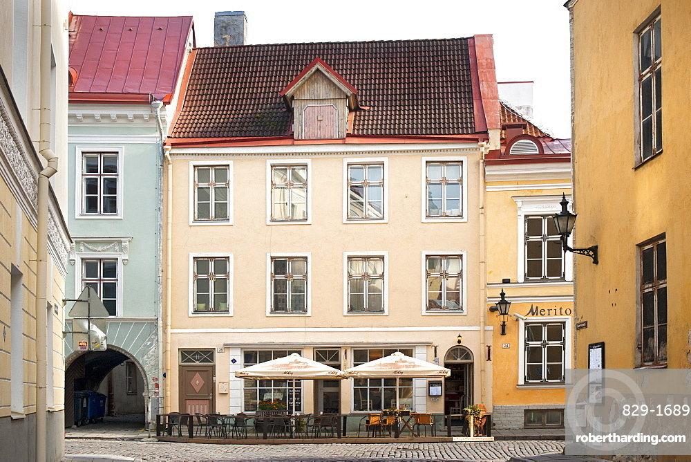 A street in the old town in Tallinn, UNESCO World Heritage Site, Estonia, Baltic States, Europe