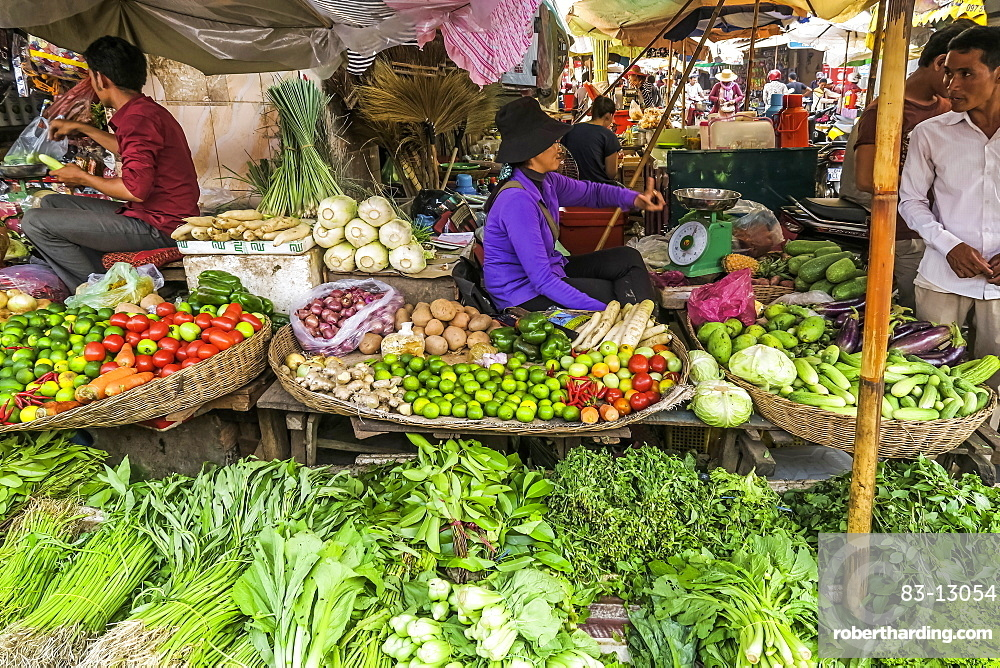 Vegetable stall at the busy colourful Phsar Chas Old Market near the riverfront, Phsar Chas, city centre, Phnom Penh, Cambodia, Indochina, Southeast Asia, Asia