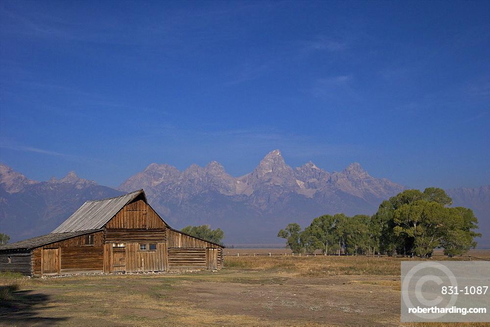 Barn, Thomas Alma and Lucille Moulton Homestead, Mormon Row Historic District, Grand Teton National Park, Wyoming, United States of America, North America