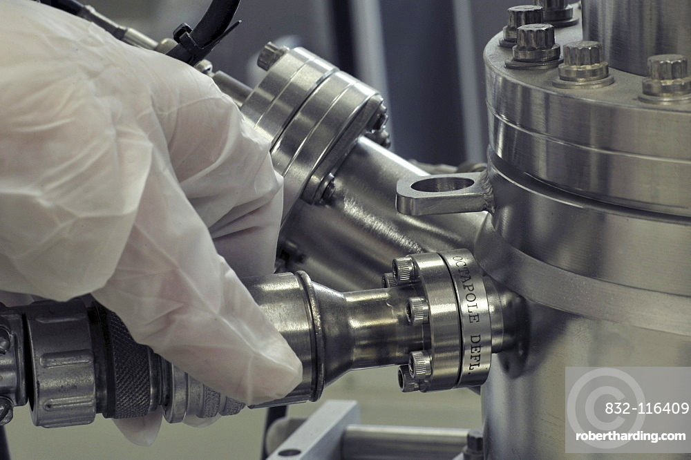 Adjustment of a laboratory instrument