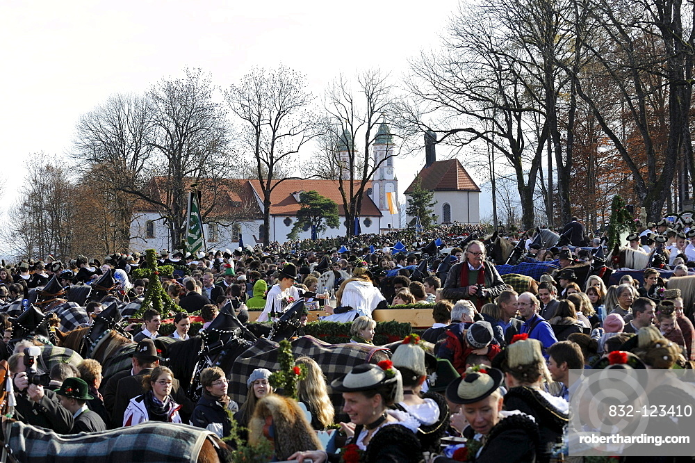 Leonhardifahrt, a procession with horses for the feast day of Saint Leonard of Noblac, blessing on Kalvarienberg, Calvary Hill, Bad Toelz, Upper Bavaria, Bavaria, Germany, Europe