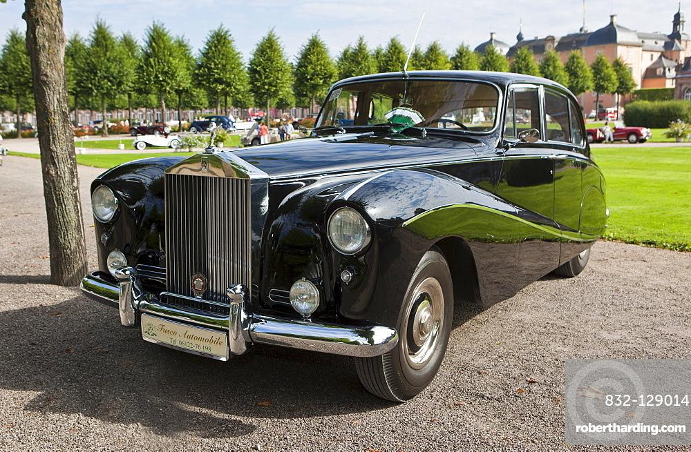 Rolls-Royce Silver Cloud I, built in 1955, GB, Classic-Gala, Concours d'Elegance in the Baroque castle gardens, Schwetzingen, Baden-Wuerttemberg, Germany, Europe
