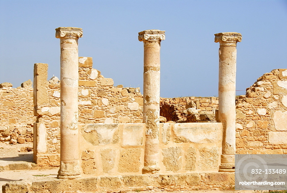 Archeology, antiquity, archaeological site, three columns, near the Royal Tombs of Nea Paphos, Pafos, Southern Cyprus, Republic of Cyprus, Mediterranean Sea, Europe