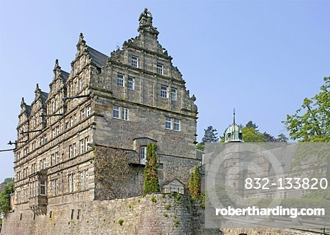 Schloss Haemelschenburg Castle near Hamelin, Weserbergland, Weser Uplands, Lower Saxony, Germany, Europe