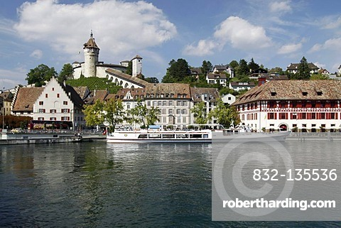 Munot and the Rhine as seen from the bridge over the Rhine, city of Schaffhausen, Switzerland, Europe
