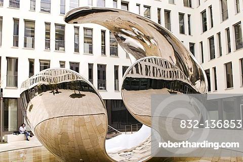 Modern sculpture 'air born' by Christopher Klein, glossy stainless steel, symbolising a burst oxygen molecule, Linde Headquarters, Klosterhofstrasse, Munich, Bavaria, Germany, Europe