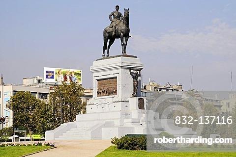 Equestrian statue, monument to General Baquedano, Plaza Baquedano, Plaza Italia square, Santiago de Chile, Chile, South America