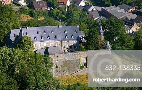 Aerial view, Schloss Hohenlimburg castle, Hagen, Ruhrgebiet area, North Rhine-Westphalia, Germany, Europe