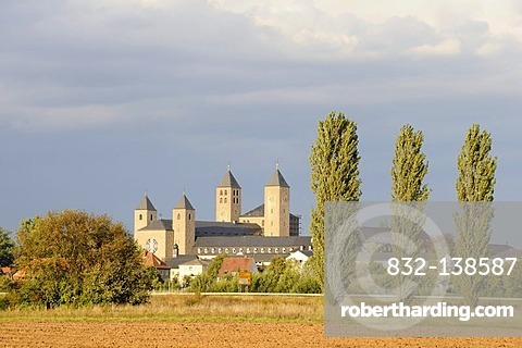 Abtei Muensterschwarzach Abbey, Schwarzach am Main, Lower Franconia, Bavaria, Germany, Europe