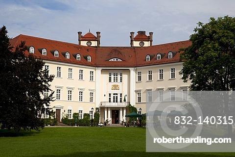 Schloss Luebbenau Castle, Luebbenau, Spreewald, Brandenburg, Germany, Europe