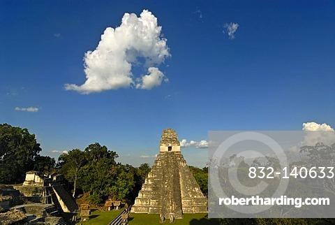 Maya, pyramid, calendar, 2012, Temple of the Great Jaguar, Tikal, Peten, Guatemala, Central America