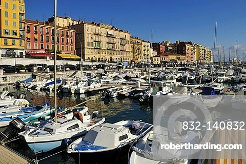 Boats in the harbour of Nice, Department Alpes-Maritimes, Region Provence-Alpes-Cote d'Azur, France, Europe