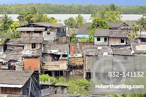 Poor dwellings, stilt houses, mangrove area in the estuary of the Rio Anchicaya river in the Pacific, Bajamar slum, Buenaventura, Valle del Cauca, Colombia, South America