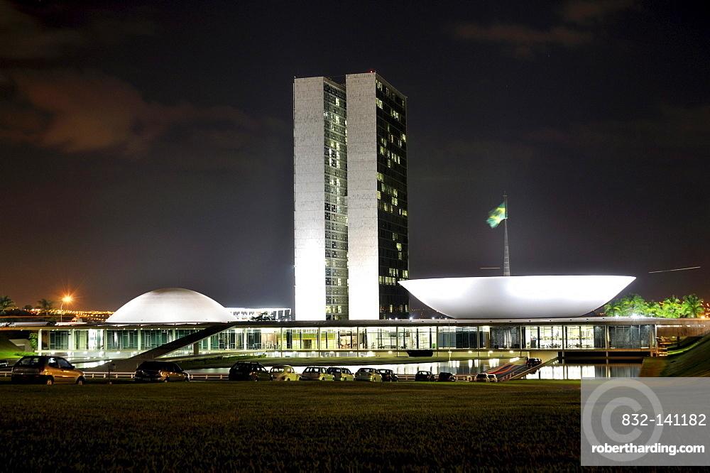 National Congress Building, Congresso Nacional, at night, architect Oscar Niemeyer, Brasilia, Distrito Federal, Brazilian Federal District, Brazil, South America