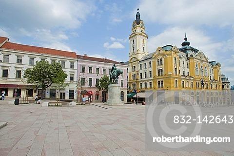 Town Hall, Pecs, Hungary, Europe