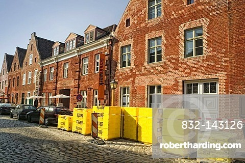 Lateral houses and gabled houses in the Hollaendisches Viertel district, Potsdam, Brandenburg, Germany, Europe