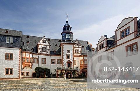 Inner courtyard of Schloss Weilburg Castle, Weilburg an der Lahn, Hesse, Germany, Europe