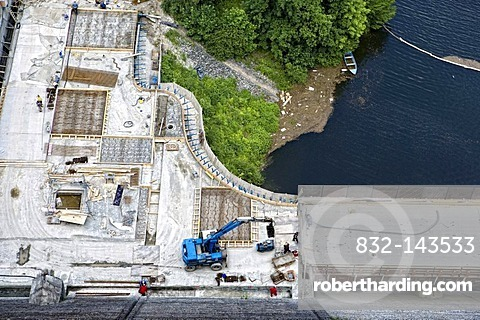 Work on the dam of the Rappbode-Talsperre reservoir, Harz, Saxony-Anhalt, Germany, Europe