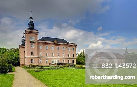 Schloss Gracht castle, seat of the ESMT European School of Management and Technology, Erftstadt, North Rhine-Westphalia, Germany, Europe