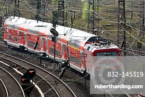 Double-deck train, regional train, on the track, railway, track network next to the Essen main railway station, Essen, North Rhine-Westphalia, Germany, Europe
