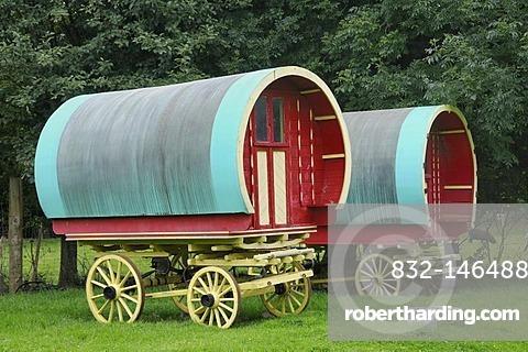 Wagons of the Traveller minority, Bunratty Folk Park, Ennis, Shannon Region, Ireland, Europe
