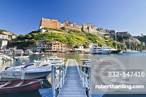 Port and citadel, Bonifacio, Strait of Bonifacio, Corsica, France, Europe