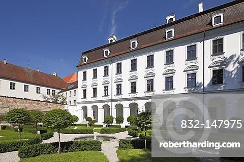 Garden of the Schaezlerpalais mansion, Augsburg, Schwaben, Bavaria, Germany, Europe
