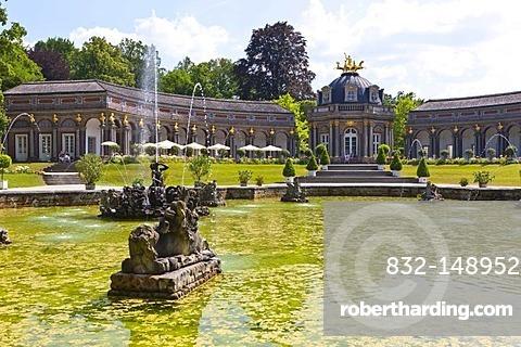 Water garden, park, Neues Schloss Castle and orangery, Hermitage near Bayreuth, Upper Franconia, Franconia, Bavaria, Germany, Europe
