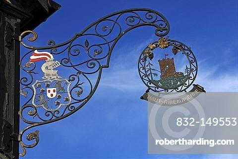 Le Haut-Ribeaupierre, restaurant sign, Route de Bergheim 1, Ribeauville, Alsace, France, Europe