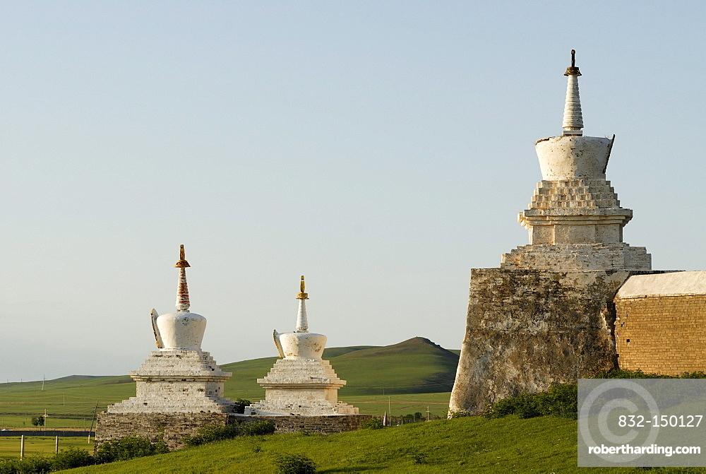 Stupa of the outer wall of the Erdene Zuu Khiid Monastery, Karakorum, Kharkhorin, Oevoerkhangai province, Mongolia, Asia